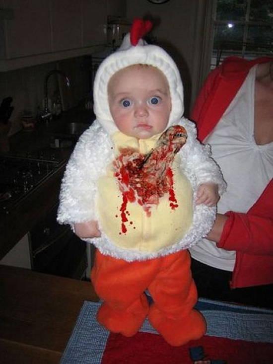 weird-kid-costumes-alien-chicken