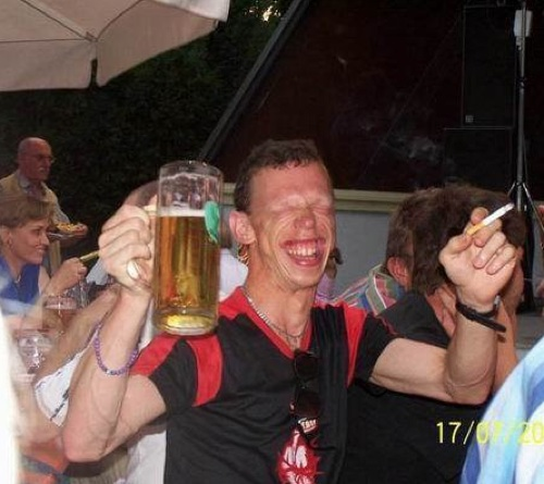 drunk people grin The Best Worst Drunks We Know
