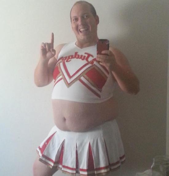 worst-twit-pics-cheerleader