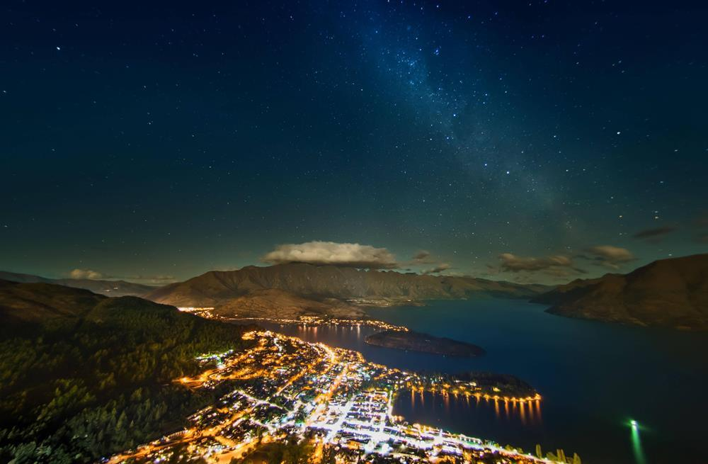 stars-over-new-zealand