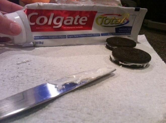 Toothpaste Oreos