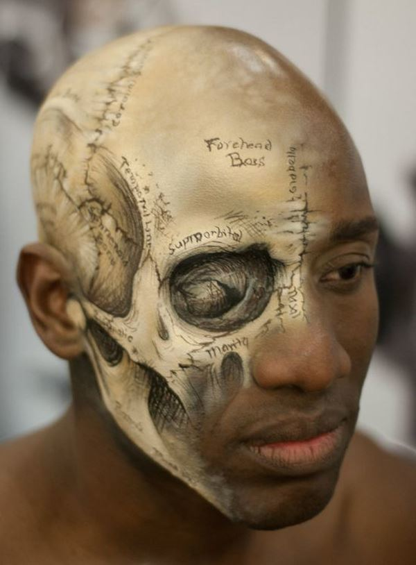 best-viral-pictures-of-week-skull