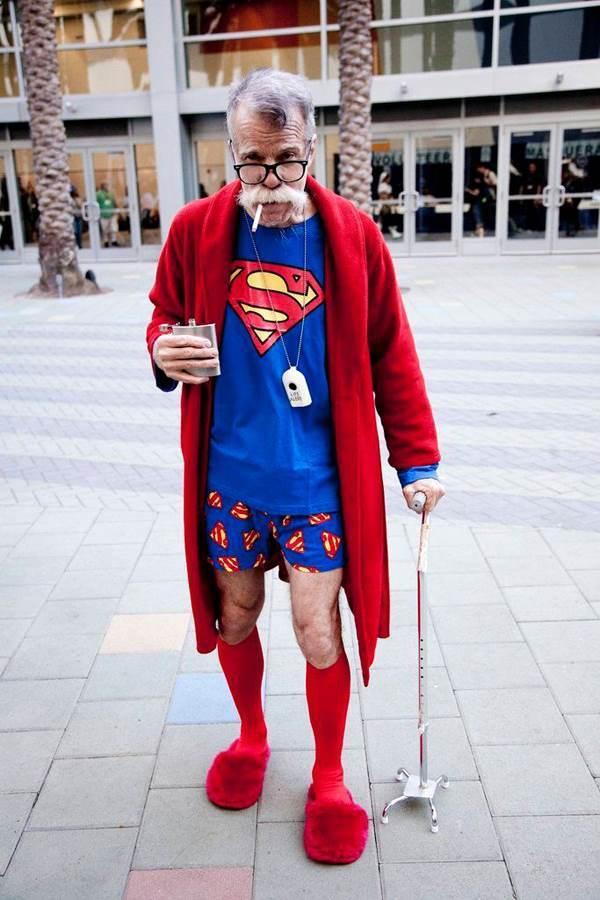 best-viral-pictures-week-6-superman