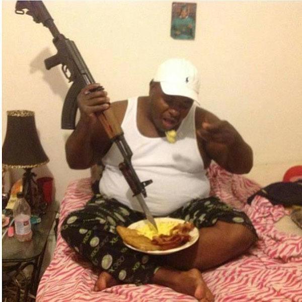 best-viral-pictures-week-7-gangsta