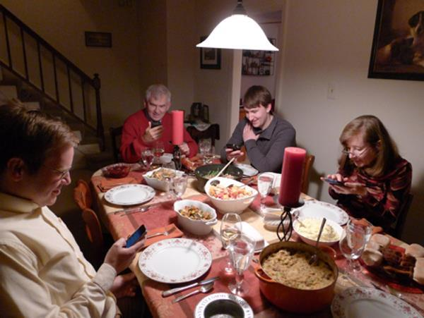 iphone-ruining-everything-forget-dinner-conversation