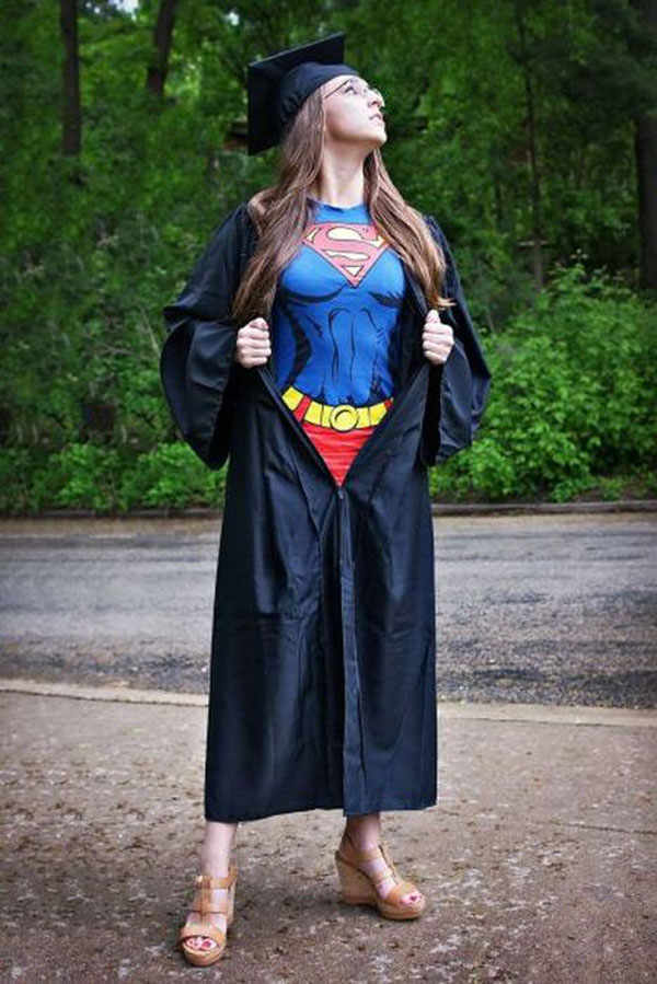 best-viral-pictures-week-12-supergirl