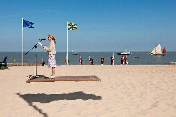 Funny Timing Beach Photo