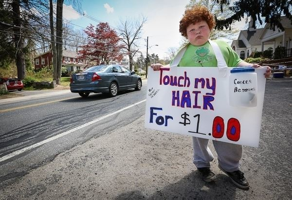Touch My Hair Sign