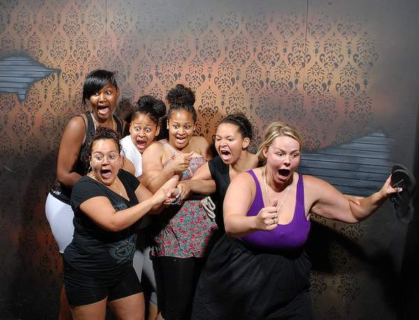 Haunted House Reactions Girls