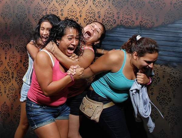 Ridiculous Haunted House Pictures