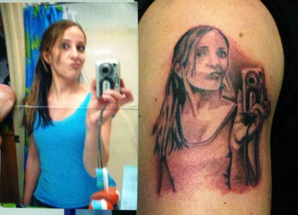 Selfy Tattoo