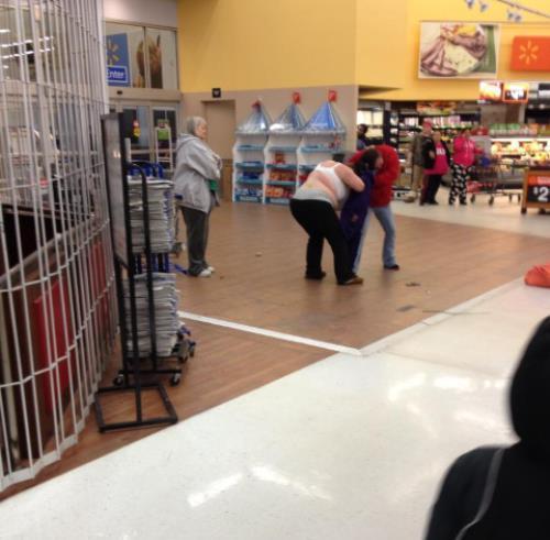 People Of Walmart Fight