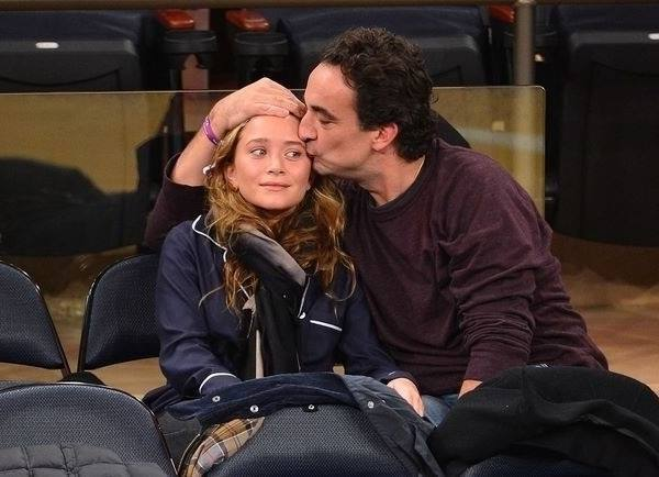Mary Kate Olsen With Her French Boyfriend