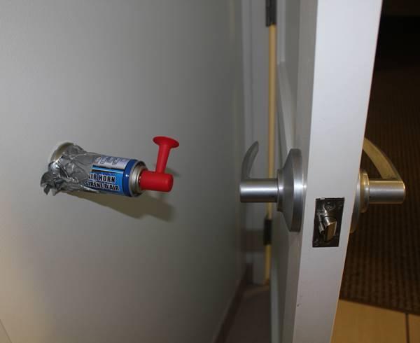 Genius Pranks Air Horn