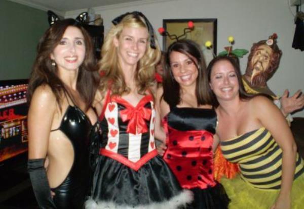 Photobombs Halloween