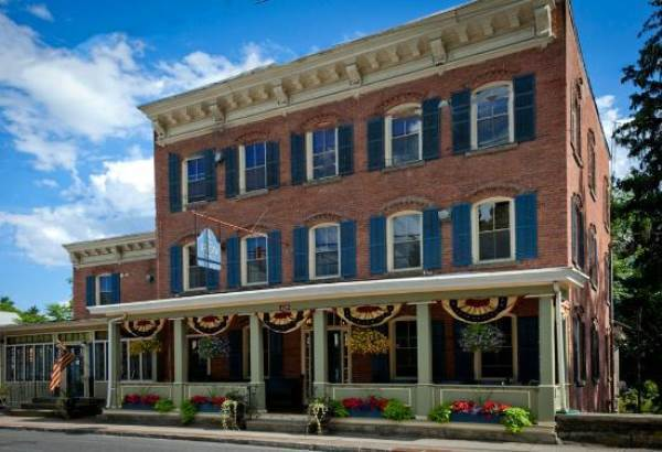 1850 House Inn Beautiful Hotels