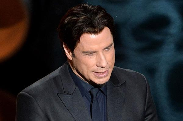 Travolta-at-the-Oscars