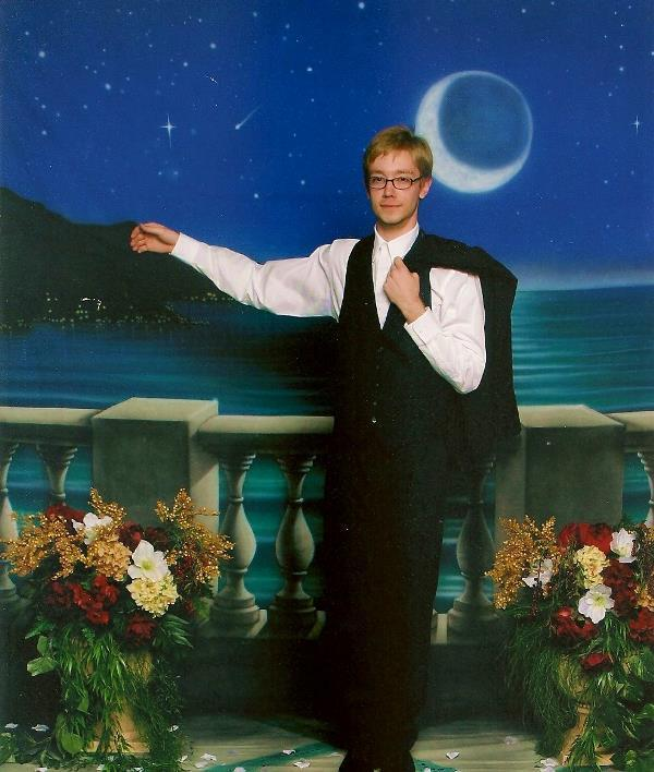 Forever Alone: The Prom Picture