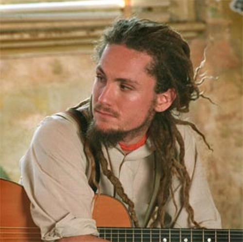 44 pictures of white guys with dreads playing guitar urmus Choice Image