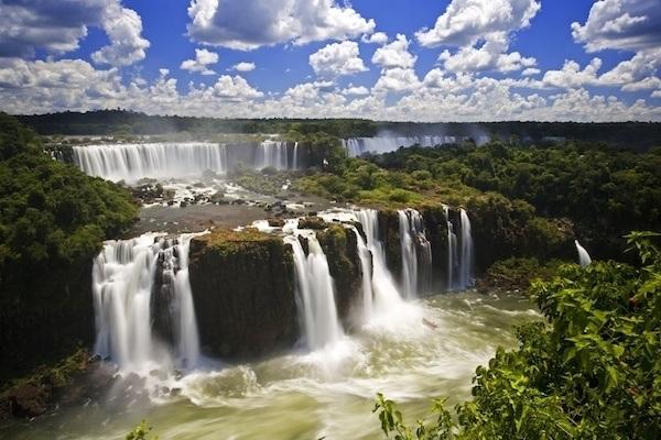 scenic-spots-iguazu-falls