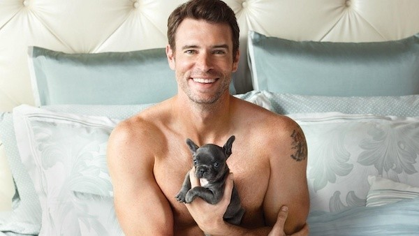 Scott Foley with a puppy