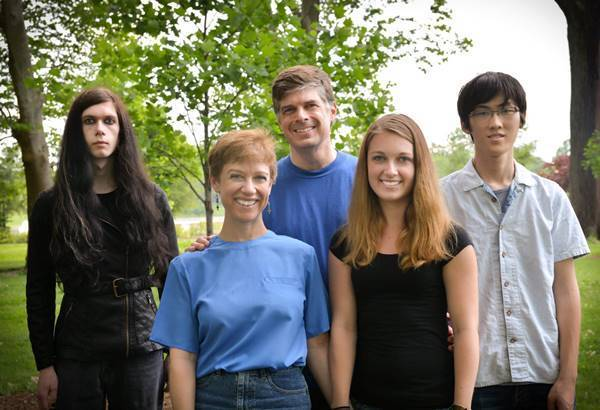 Funny Awkward Family Photos