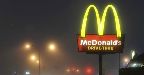 You get the munchies at 1:00am so you drive to the nearest McDonald's. What do you order?