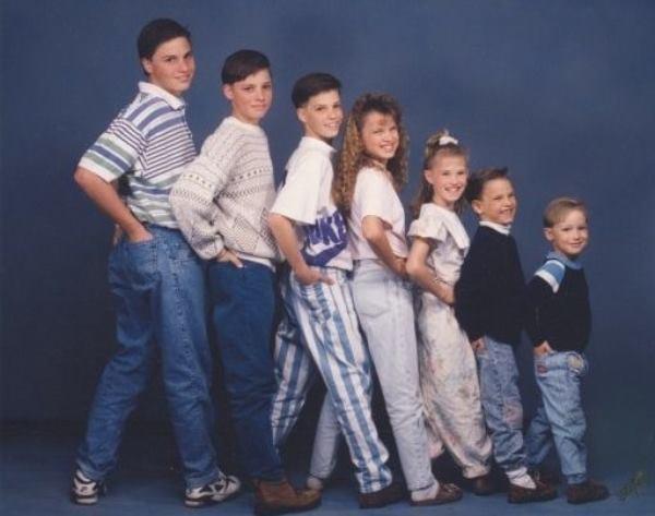 44 Hilarious Awkward Family Photos That Will Make You Cringe
