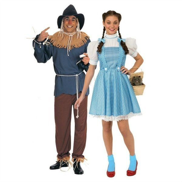 Couples Costumes Dorothy Scarecrow