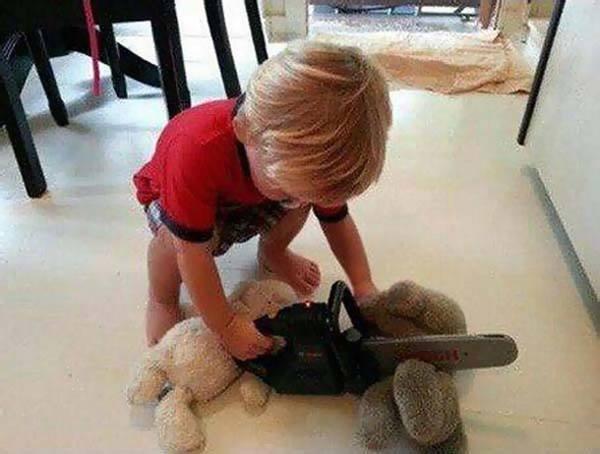 Chainsaw Kid Weird