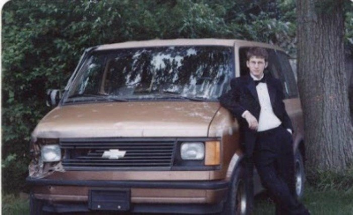 Minivan Senior Picture