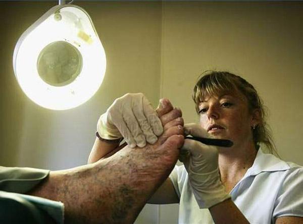 Toe Cleaner
