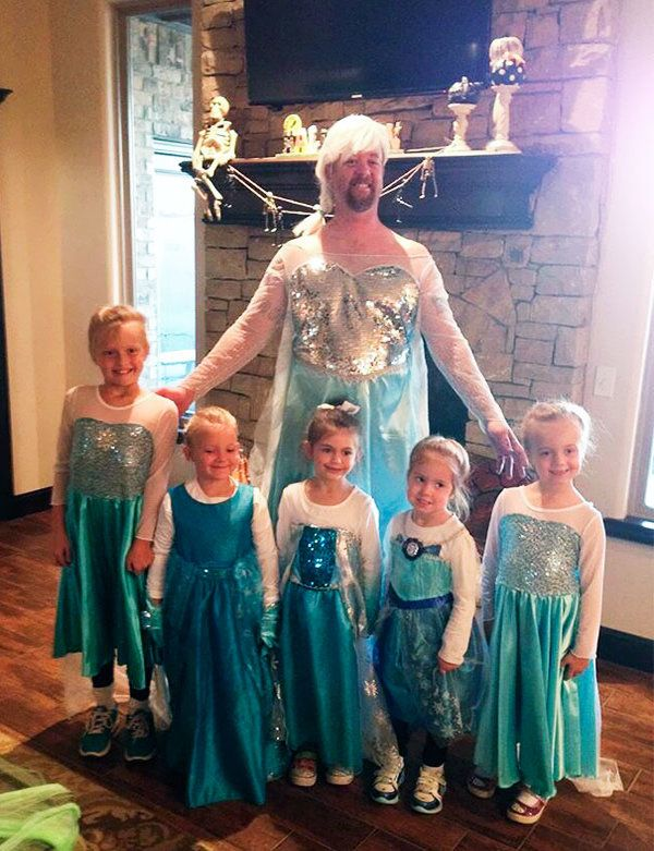 Group Of Elsa From Frozen