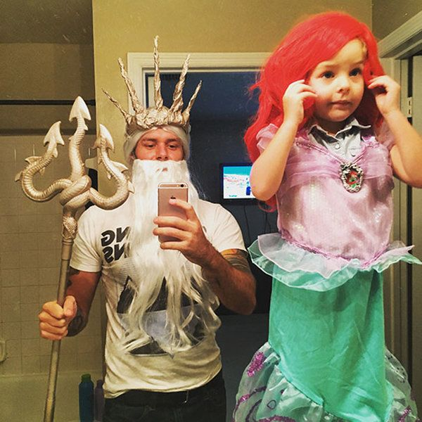 Humrous Father Daughter Ariel And Triton