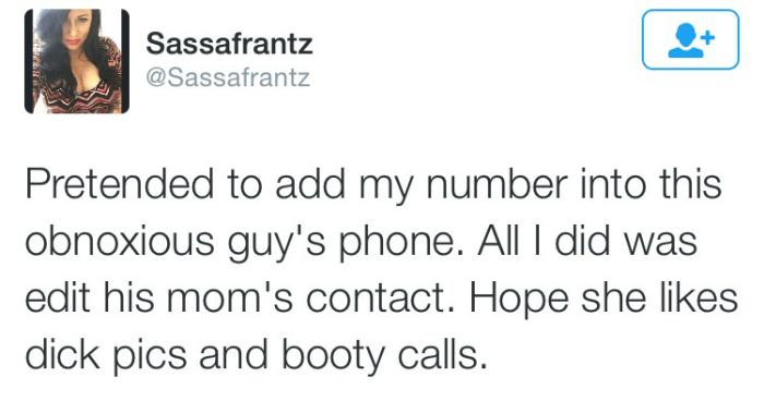 Hilarious Women Tweets