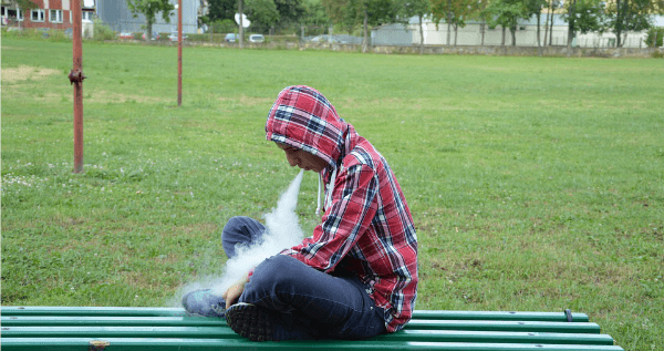 Parents Devastated Teen Vaping
