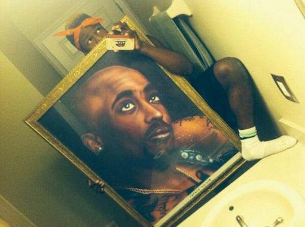 Tupac Portrait Selfie