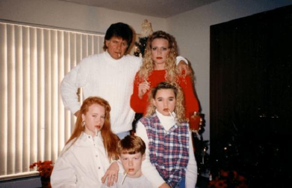Funny Awkward Christmas Photos
