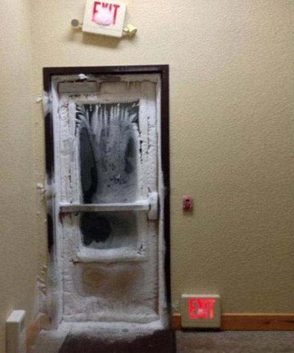 Doorway To Frosty Death