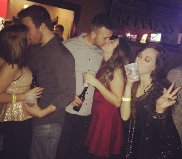 Kiss Your Drink Newyears