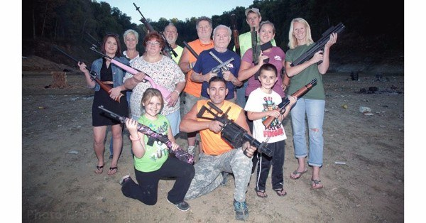 Funny Redneck Pictures Family Portrait