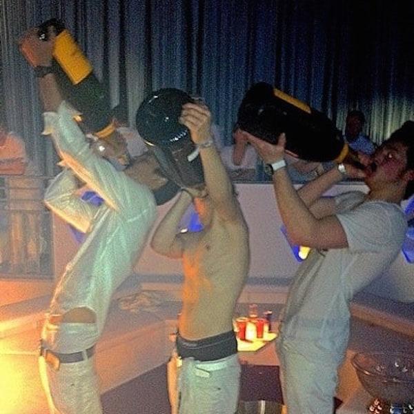Champagne Chug