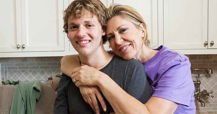 Mom Totally Fine With Son Being Gay And If He Decides Hes Straight Again Thats Fine Too