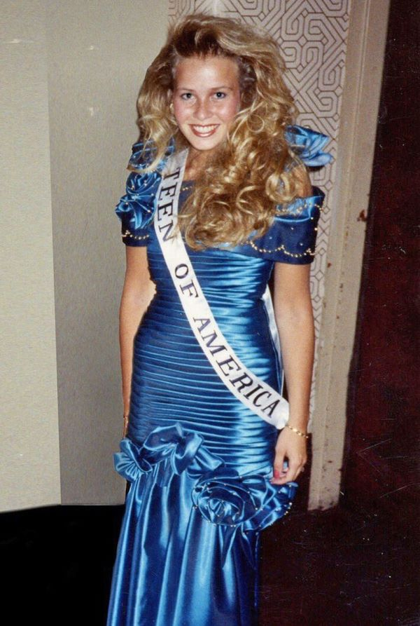 Chelsea Handler Beauty Pageant
