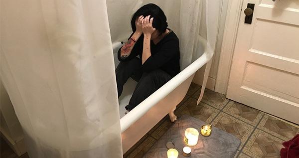 Bath_hands