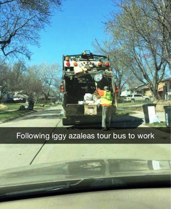 Iggy Azaleas Tour Bus